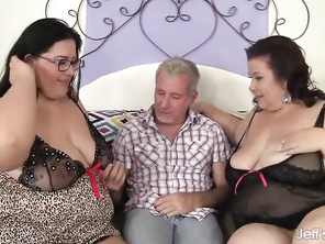 Sensational Plumper trio with Lady Lynn and Becki Butterfly
