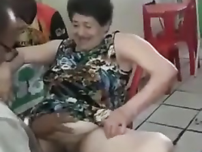 Clelia 70 year old vagina cunt being shaved by friend