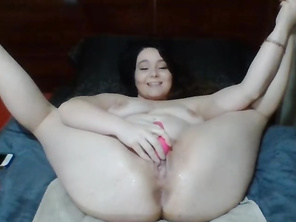 fatty, uneducated american slut squirts