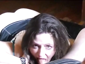 Beautiful HOUSEWIFE Cuckolding her Hubby with a Chunky Guy