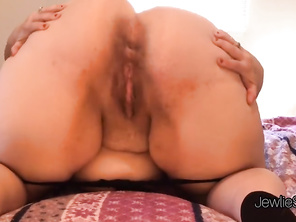 Fire FAT Spreads and Shakes Butt, Shows off Butt Hole and Talks Dirty!l