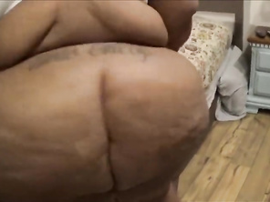 Milwaukee CHUBBY with Big Butthole and Boobs