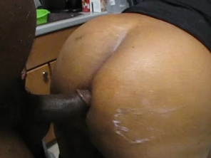 DARK PLUMP GETS FUCKED IN THE KITCHEN WHILE COOKING TAKES HUGE CUM SHOT