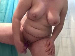 Fatty Girl has Shower Fun while Music Plays